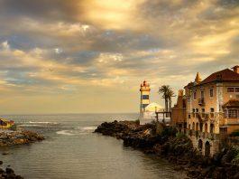 santa-marta-beach-hotel-lighthouse-portugal-overcast