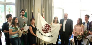 Entrega da Bandeira - Fundação do Leo Clube de Ílhavo